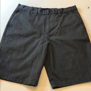 Hurley flat front charcoal gray short W31